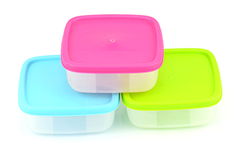WATCH OUT FOR PLASTIC CONTAINERS IN THE KITCHEN!