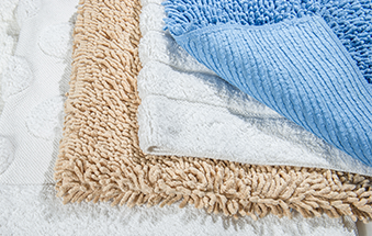 A small tip for your bathroom rug...